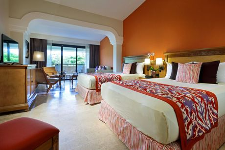 junior suite in riviera maya palladium hotel group