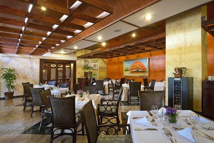 El hippodrome casino restaurante