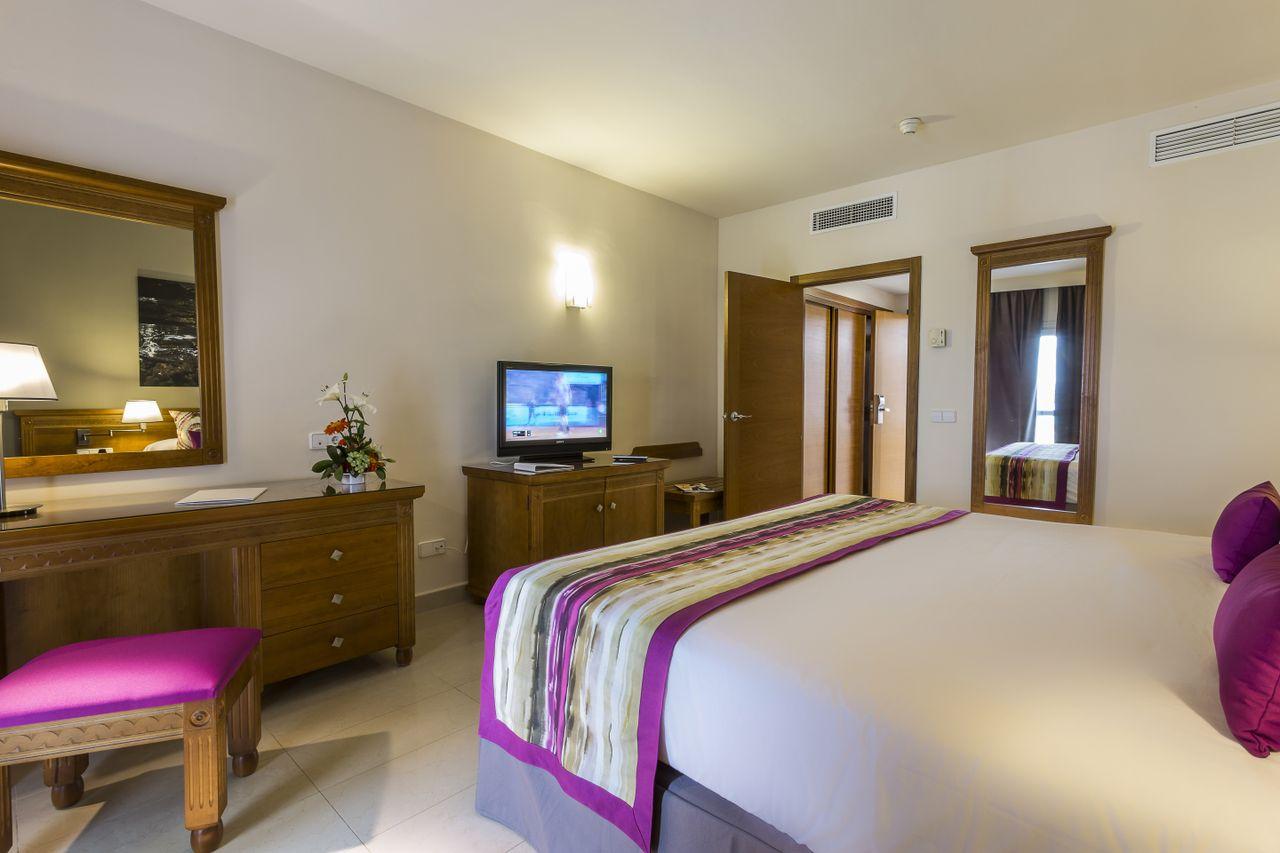 Official Page - Grand Palladium Palace Ibiza Resort & Spa