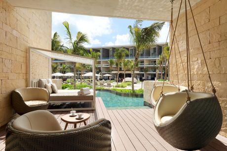 Swim Up Junior Suite Grand Palladium Costa Mujeres Resort
