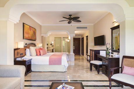 Junior Suites Grand Palladium White Sand Resort Amp Spa