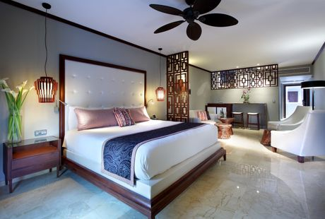 Luxury junior suite in punta cana palladium hotel group for Exclusive hotel group