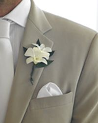 Boutonniere Island Pearl