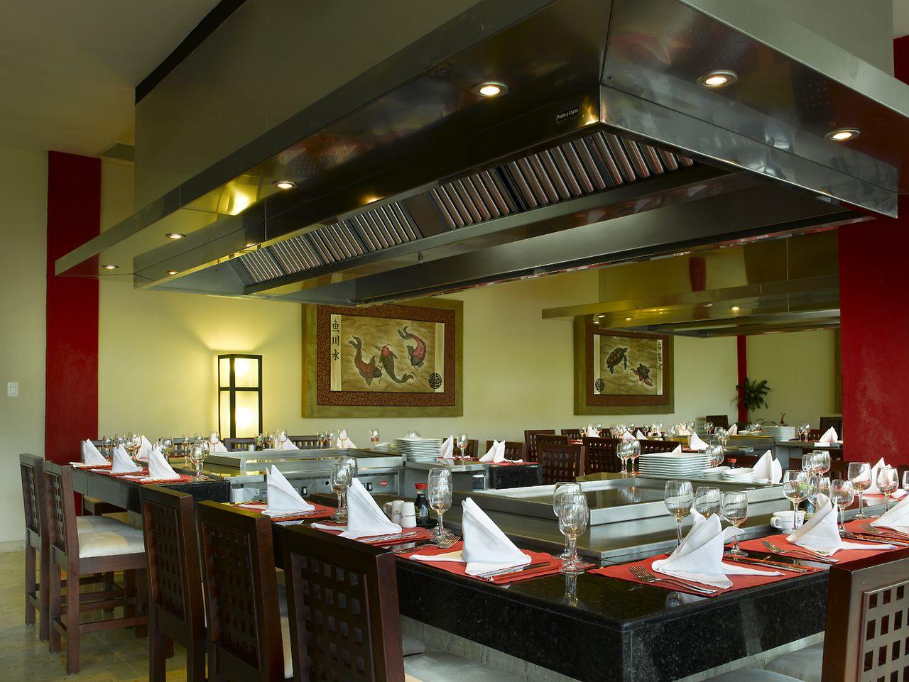 Gastronomy Grand Palladium Bavaro Suites Resort & Spa